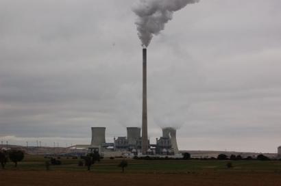 """UGT quiere centrales térmicas de carbón """"hasta el año 2050"""""""