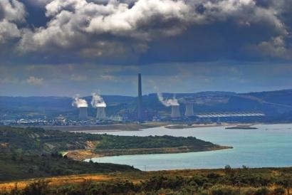UGT urge al Gobierno a que convoque la mesa de trabajo de Endesa para tratar el futuro de la central térmica de As Pontes