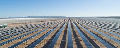 Acciona comienza a instalar su segundo gran parque solar en el desierto de Atacama