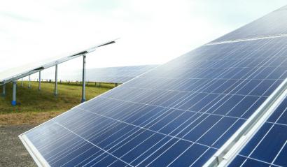 Sudáfrica estrena el primer aeropuerto solar del continente