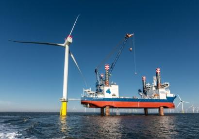 Siemens Gamesa instala a 35 kilómetros de la costa en solo tres meses 60 enormes aerogeneradores marinos