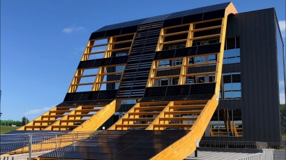 Greenspace Gijón, el edificio bioclimático cero CO2 neto y 100% electrificado que apuesta por la bomba de calor y el autoconsumo solar