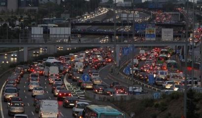 El Plan Nacional de Calidad del Aire destina 50 millones de euros a renovar el parque de automóviles y solo 13 al ferrocarril