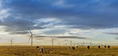 Acciona firma su primer contrato corporativo de compraventa de electricidad renovable en Australia