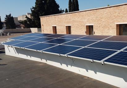 Unidas Podemos pide priorizar las pequeñas instalaciones solares para reducir la factura de la luz