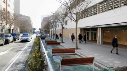 Barcelona protege los colegios frente a la emergencia climática