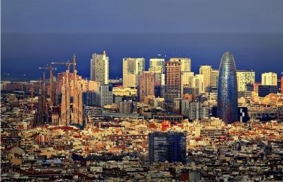Los 65 millones de euros del contrato de suministro eléctrico del Ayuntamiento de Barcelona siguen sin dueño