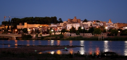 La Diputación de Badajoz elige los kilovatios verdes de Gesternova; la de Cáceres, la electricidad de Gas Natural Fenosa