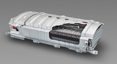Toyota y Lexus se fijan como objetivo reutilizar el 100% de las baterías híbridas