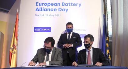 España, primer país europeo en desplegar la lEBA250 Battery Academy, la gran plataforma de formación en baterías
