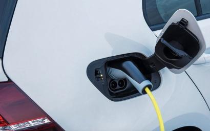 Pros y contras de los vehículos eléctricos: menos CO2 pero más ecotoxicidad