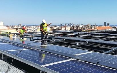 Cataluña: el autoconsumo fotovoltaico sobre cubierta puede satisfacer un 52% del consumo eléctrico total
