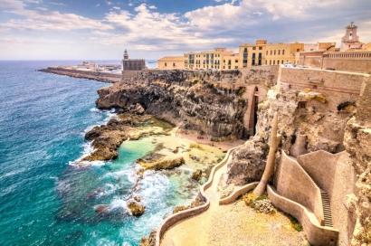 Cádiz pone en marcha El Bergantín, programa de apoyo a emprendedores de la economía azul