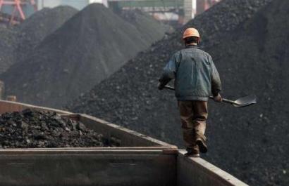 El cierre de las centrales de carbón baja el precio de la electricidad