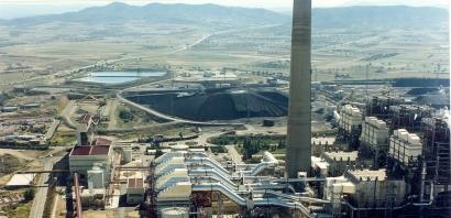 Endesa sustuirá el carbón de su central térmica de Andorra por campos solares y parques eólicos