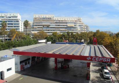 Cepsa lleva el autoconsumo solar a sus estaciones de servicio