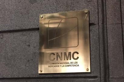 Duras críticas de la CNMC a la subasta de renovables del Gobierno