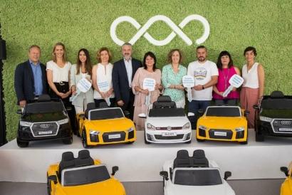 Domingo Alonso Group dona nueve cochecitos eléctricos a diversos hospitales infantiles de Canarias