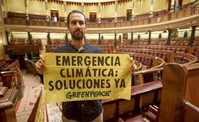 Greenpeace denuncia: el Gobierno Sánchez sigue sin presentar propuestas que reflejen la verdadera urgencia de la crisis climática