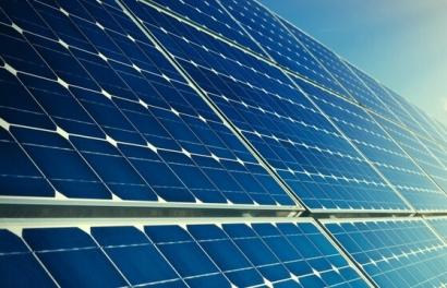 La alemana Encavis conecta a la red el megaparque solar de Talayuela