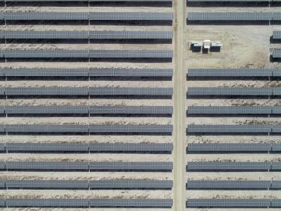 Endesa compra por cien millones de euros más de mil megavatios en proyectos solares a Prodiel
