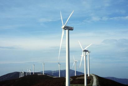 EDP invertirá 24.000 millones de euros para lograr dejar de emitir CO2 en 2030