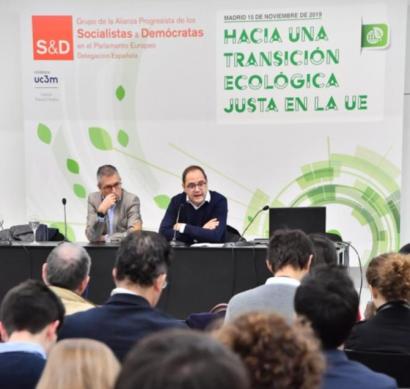 El Acuerdo de París se ha quedado corto, en opinión del eurodiputado César Luena