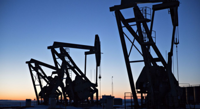 Tres grandes aseguradoras siguen facilitando los proyectos basados en combustibles fósiles