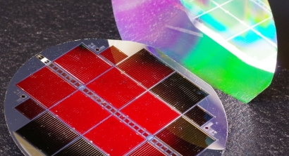 Los paneles solares vidrio-vidrio made in Europe, un 40% menos intensivos en CO2 que los chinos