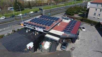 Galicia estrena sus primeras gasolineras con autoconsumo y puntos de recarga para vehículos eléctricos