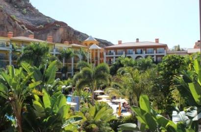 Canarias destina casi el doble este año a mejorar la eficiencia energética en empresas y edificios