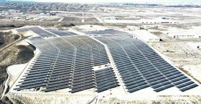 El Marqués, la fotovoltaica más grande de Zaragoza, cumple tres meses vertiendo electricidad limpia a la red