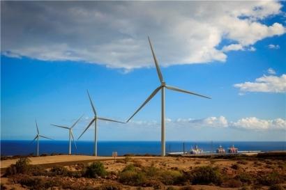 Iberdrola inaugura su primer parque eólico canario