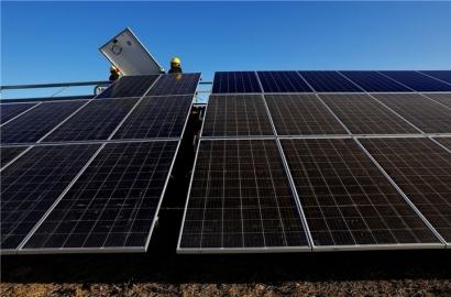 """En Extremadura hay 8.000 megavatios de nueva potencia solar """"con viabilidad para conectar a las redes"""""""