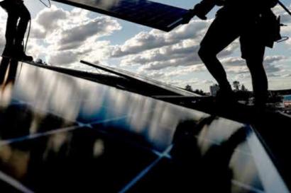 Unas políticas bien diseñadas permitirían desplegar de forma masiva el autoconsumo solar en todo el mundo