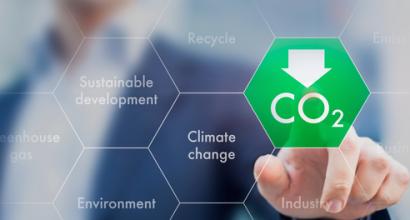 La multinacional Kingspan se compromete a reducir sus emisiones un 45%