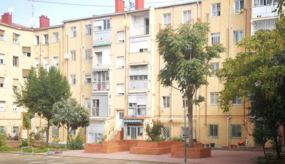 La Corriente explora en un bloque de viviendas de Usera cómo serán las comunidades energéticas locales del futuro