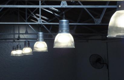 Sin eólica, cada consumidor industrial hubiera pagado 19.000 € más de luz en 2016