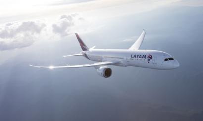 Acciona suministrará electricidad cien por cien renovable a la compañía aérea Latam Airlines