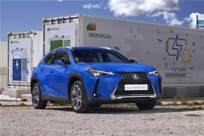Lexus regala el punto de recarga