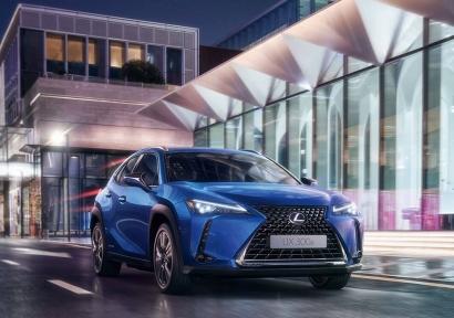 Lexus entrega las primeras unidades de su UX eléctrico en España