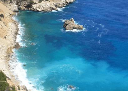 Cinco socios españoles desarrollan un innovador proyecto de desalación con éolica