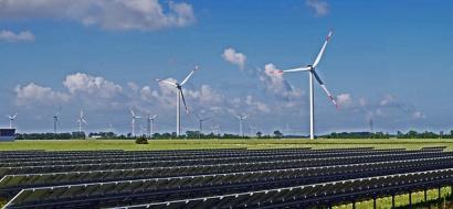 Fundación Renovables lamenta la escasa presencia de la energía en el debate electoral
