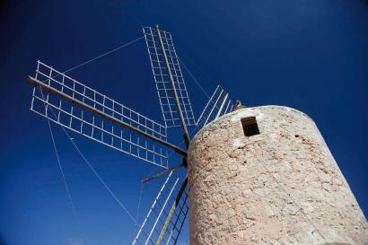 La Ley de Cambio Climático de Baleares impulsa el autoconsumo compartido y simplifica la venta de excedentes