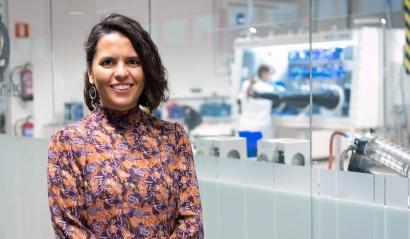 La Sociedad Española de Química premia a Montse Casas, de CIC energiGUNE, por su trabajo en almacenamiento de energía