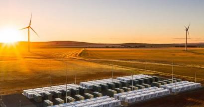 Neoen se prepara para construir una marcoplanta eólica-solar con almacenamiento en Australia
