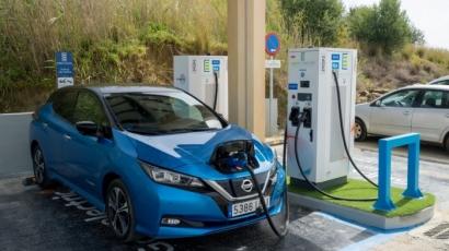 Vehículo eléctrico: Estepona estrena el primer punto de recarga ultrarrápida de España que se alimenta de energía solar