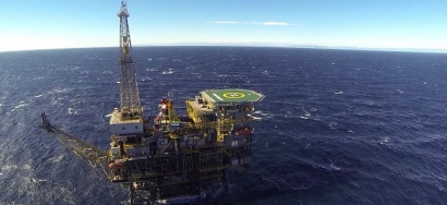 El Gobierno autoriza a Repsol a explotar durante otros diez años la única plataforma petrolífera que permanece activa en España