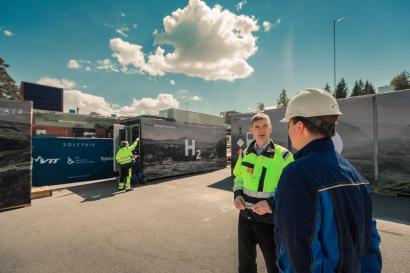 Una planta piloto finlandesa produce hidrógeno y combustibles a partir de CO2 capturado del aire