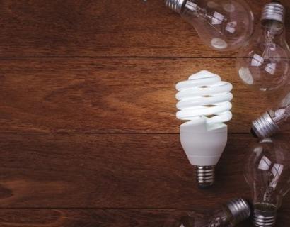 El consumidor doméstico español paga hoy la electricidad un 50% más cara que hace diez años
